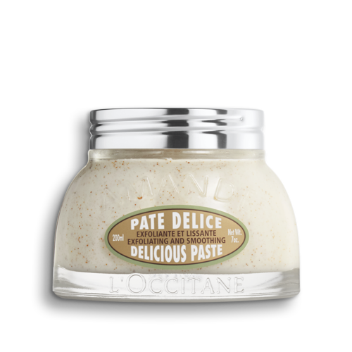 Almond Delicious Paste Body Scrub