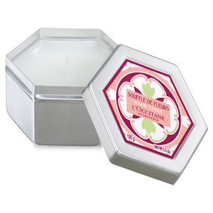 White Blossoms Scented Candle