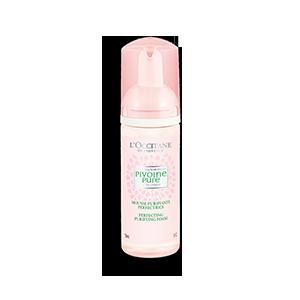 La Mousse Purifiante Perfectrice L'Occitane, un nettoyant visage pour grasse pour aider à nettoyer vos pores