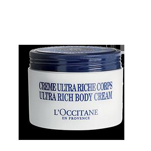 Arricchita del 25% di burro di karité, questa crema protegge la pelle dalla secchezza e la nutre intensamente per una idratazione fino a 72h.