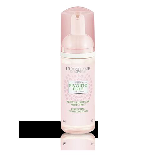 Spuma Purifianta Pivoine, un demachiant natural care curata tenul gras si ajuta la micsorarea porilor.
