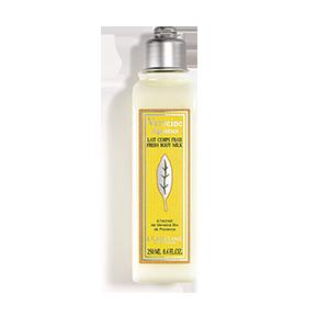 Lapte de corp L'Occitane Revigorant cu Verbina si Citrice este o lotiune de corp hidratanta, care confera o senzatie de prospetime datorita texturii sale.