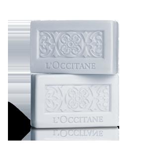 Sapunul Luxuriant cu Lavanda, de la L'Occitane
