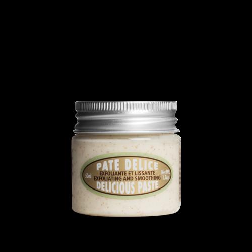 Almond Delicious Paste Body Scrub