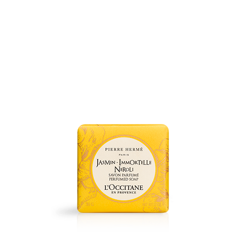 Enriched with Corsican immortelle essential oil, this soap gently cleanses the hands and body and leaves skin perfumed with a luminous, captivating scent.