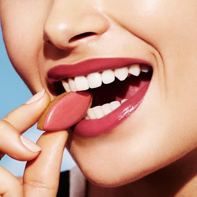 Rouge à lèvre coloré