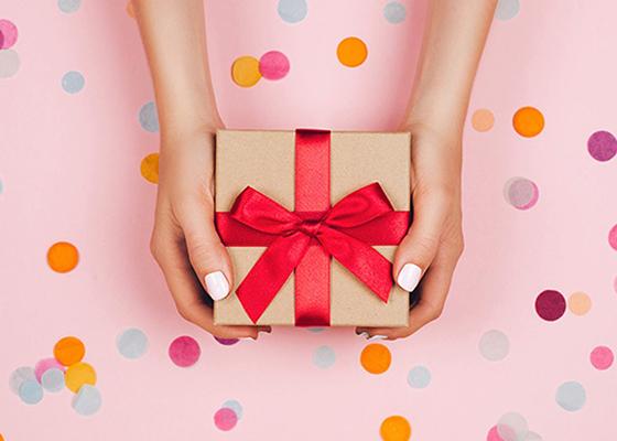 女性がもらって嬉しいプレゼント23選