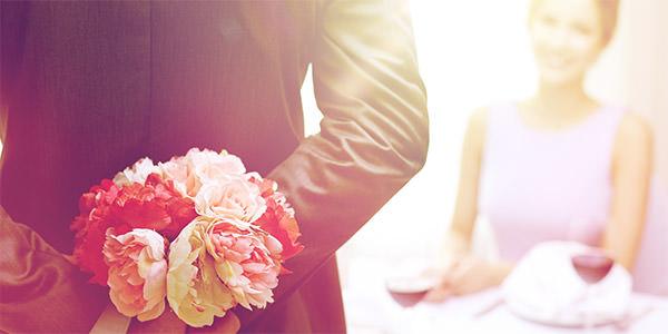 結婚記念のプレゼントを渡すのは何年目?