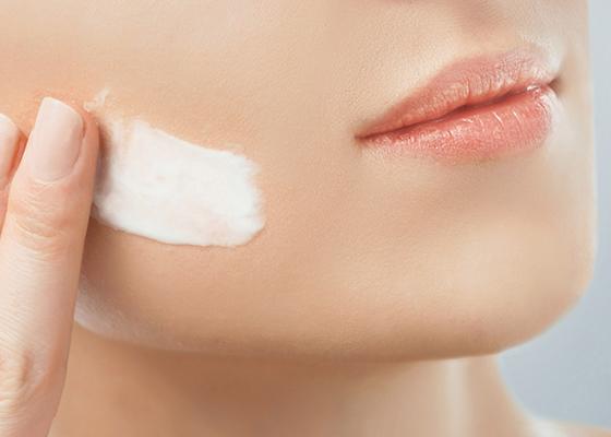 美容クリームの正しい使い方で乾燥肌対策!