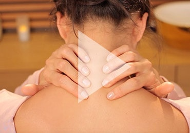 Neck massage - l'Occitane