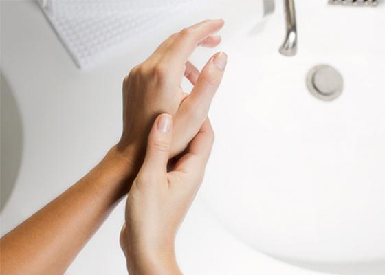 Rankų masažas