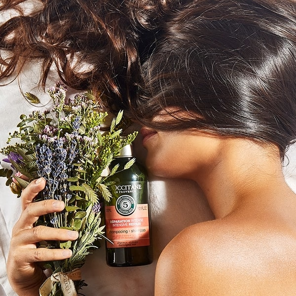 Aromachologie hair care