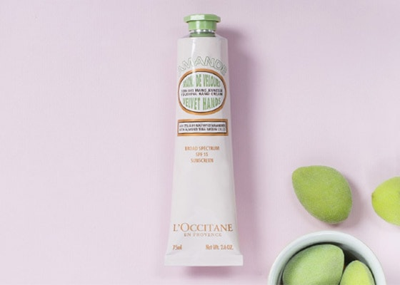 PROVENCE LOVES ALMOND - PROTECT YOUR HANDS WITH SPF - l'Occitane