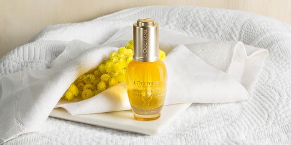 洗顔後のワンステップに「イモーテル ディヴァインインテンシヴオイル」