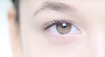呵護眼周敏感肌膚