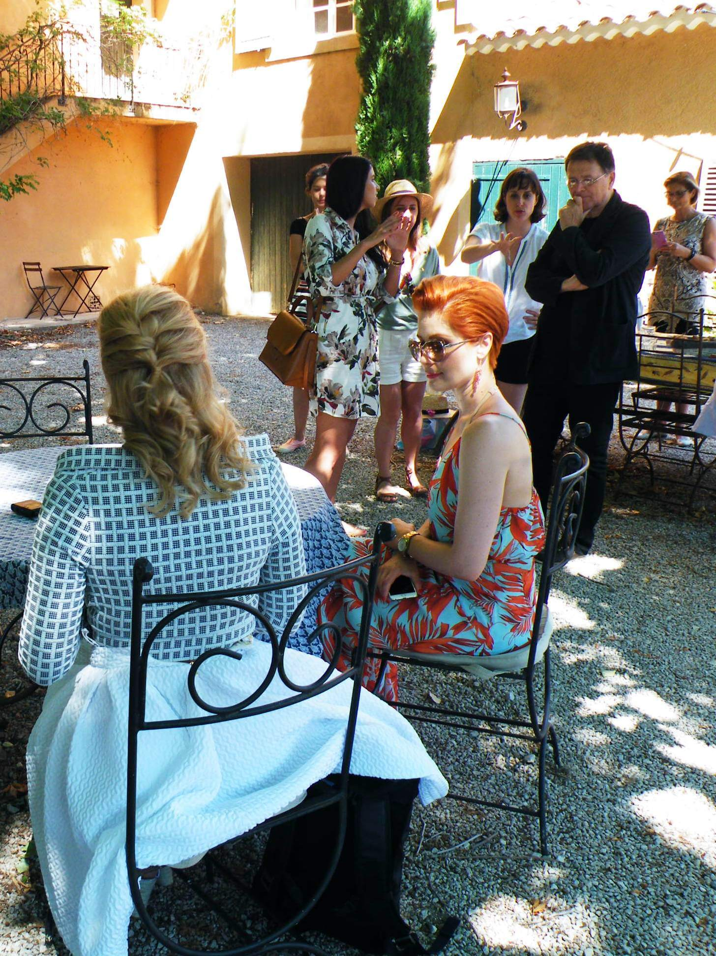 Szonja Oroszlán, Barbara Orosz and Olivier Baussan before a scene
