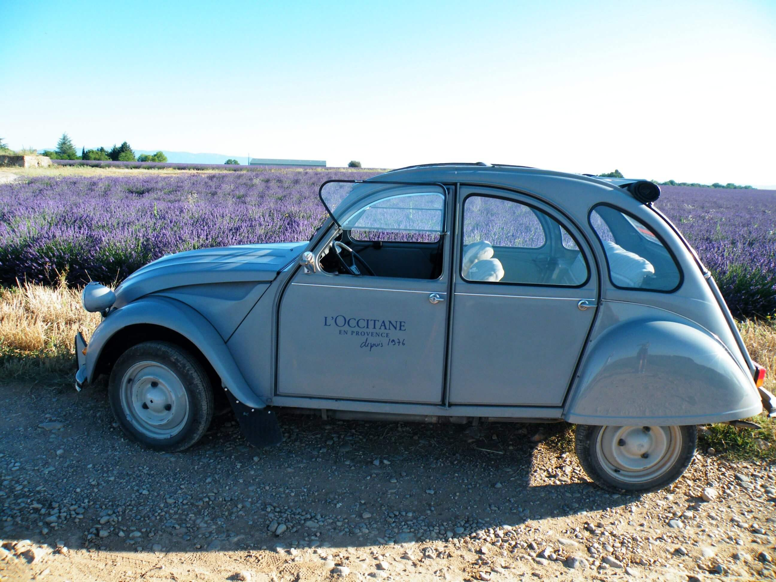From field to field with the iconic 2CV car