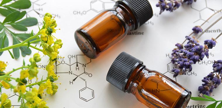 精華油.一門天然植物香氣的科學