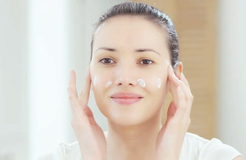 HOW TO ACHIEVE PERFECT-LOOKING SKIN IN 3 STEPS
