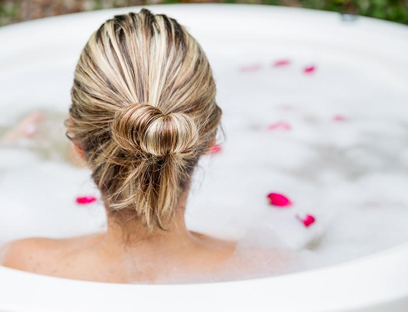 シャワージェルの魅力を最大限に生かす! 泡風呂の作り方