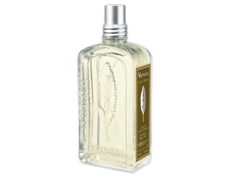 フレッシュでみずみずしいピュアシトラスの香りが人々を魅了するオードトワレ。