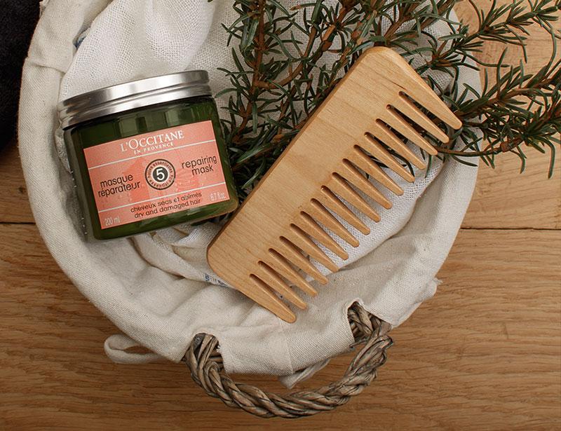 如何修護你染後受損髮絲?