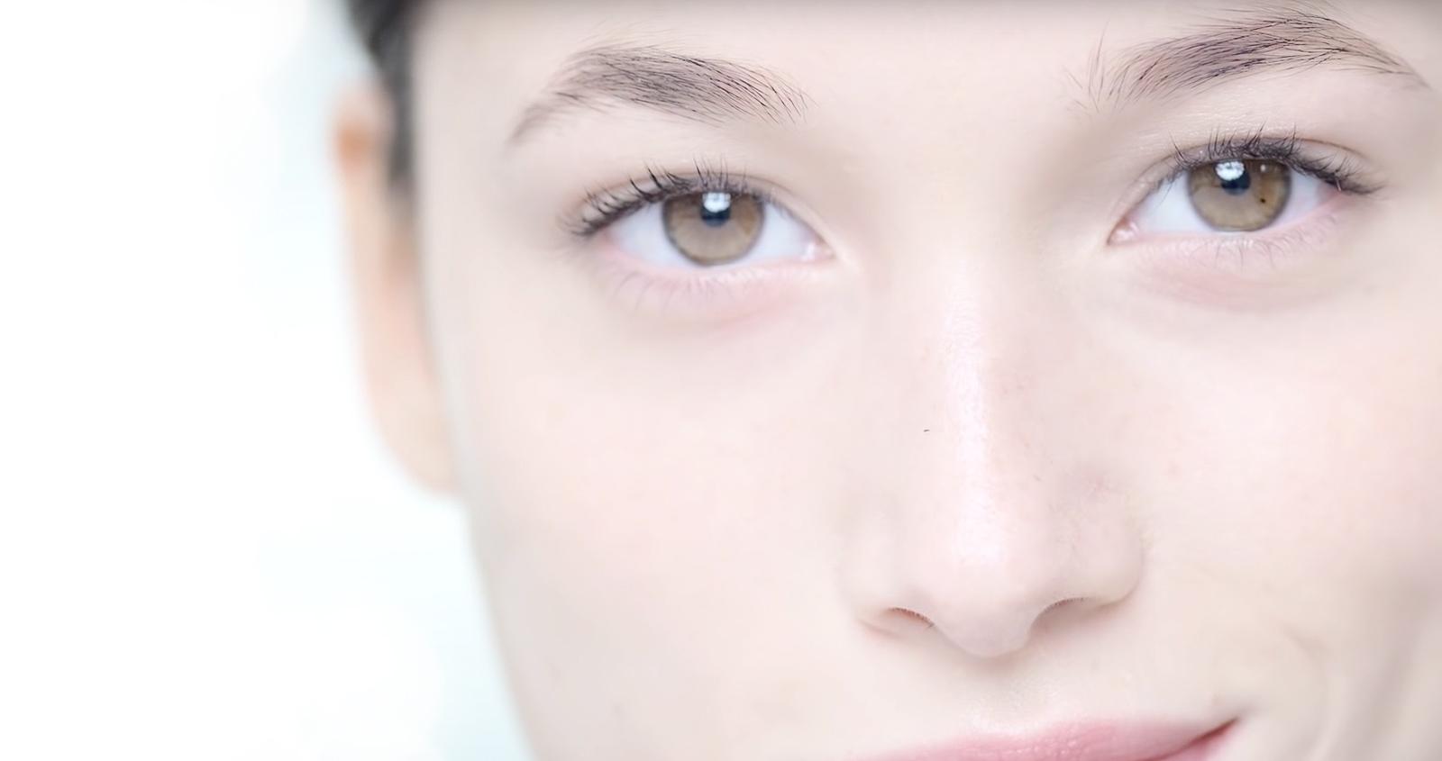 ¿Cómo cuidar el contorno de sus ojos?