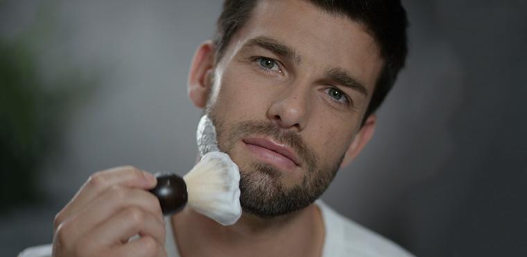 Gli essenziali per la rasatura